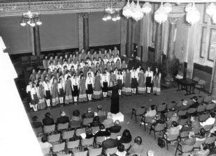 Mohayné Katanics Mária 1982