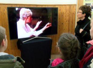 Katanics Mária-terem avatója és kiállítás